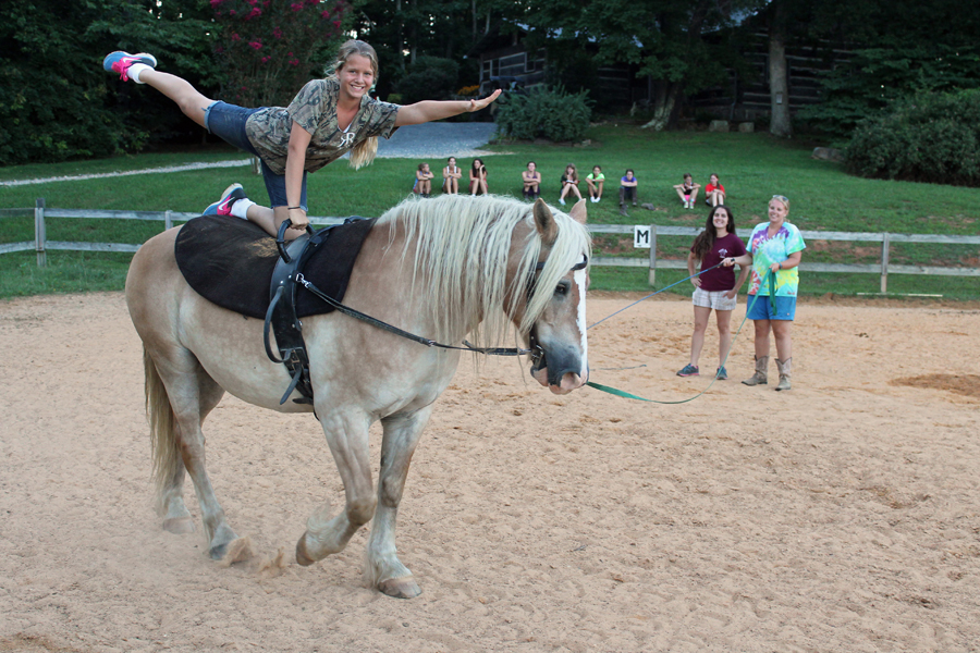Vaulting Lessons Valley View Equestrian Camp For Girls